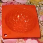 Формочка для мыла хризантема